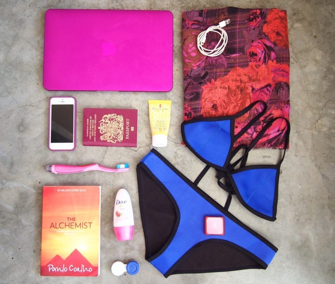8 Travel Essentials You Should Always Carry in Hand Luggage